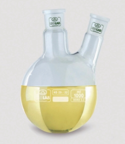 Round bottom flasks with two necks, angled arm, borosilicate glass 3.3