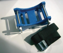 Strap for compressed gas cylinders