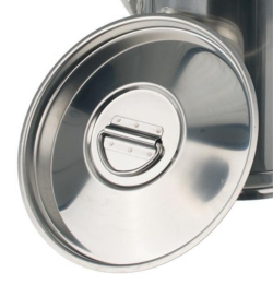 Lids for measuring cans with spout