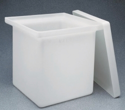 Rectangular tanks Type 14100 with lid, HDPE
