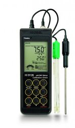 Waterproof pH-/mV-/°C- Meters HI 9125 and HI 9126