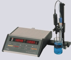 Laboratory pH meter Knick 765