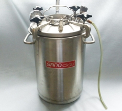 Portable autoclaves without heating