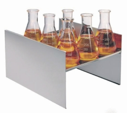 Shelving for unstirred water baths