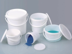 Buckets white with lid, PP