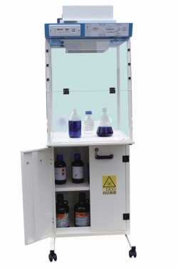 Workstation with Deaerated Storage Cabinet LABOPUR® H Series Package